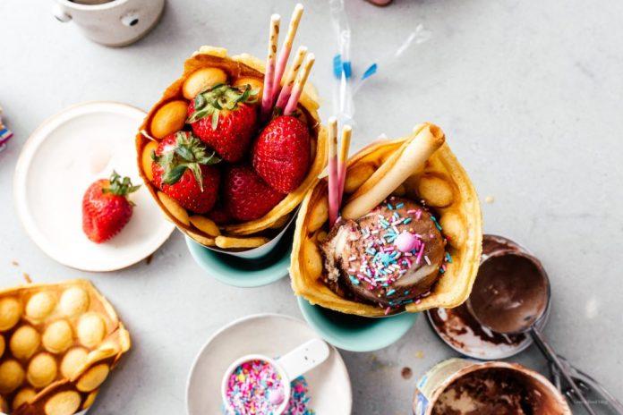 il modo migliore per mangiare il gelato questestate