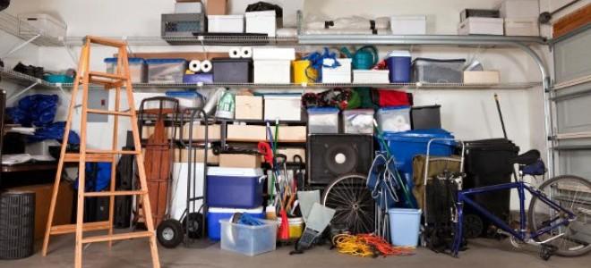 idee per mensole a soffitto per garage