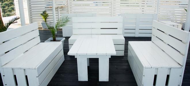 Ripristina i mobili in legno bianco da questi problemi
