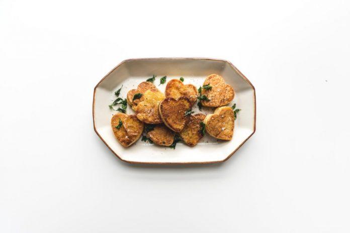 Come preparare le patate arrosto a forma di cuore