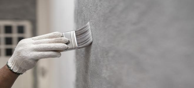 Come pulire le pareti dipinte di raso