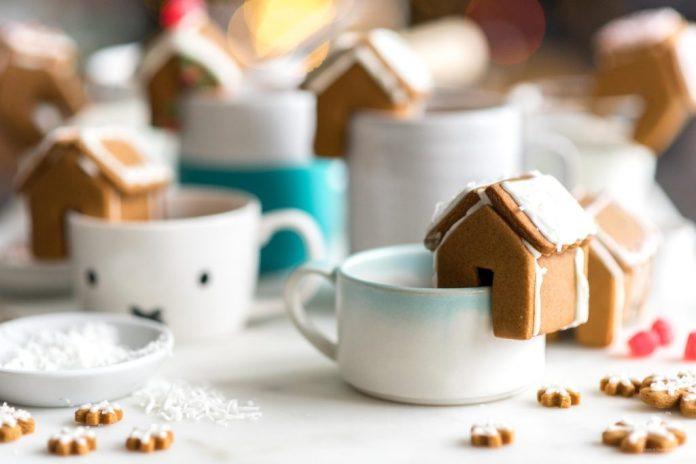 Mini case di pan di zenzero