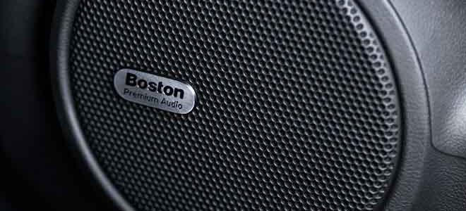 pro e contro per luso di altoparlanti audio surround