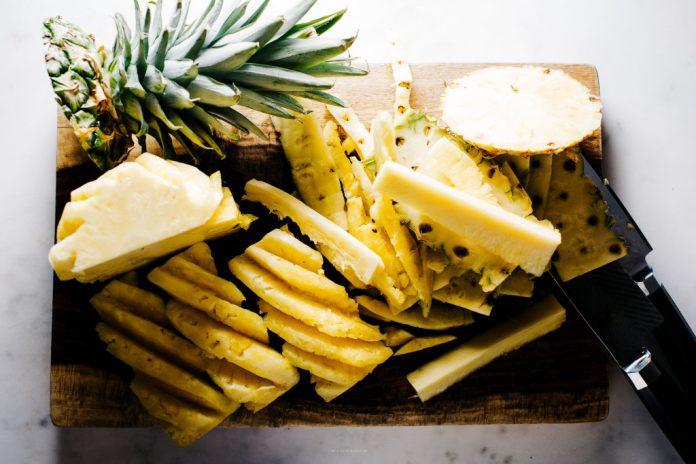 Come tagliare un ananas