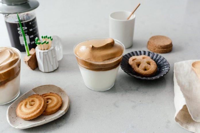 Suggerimenti e trucchi per preparare il caffè Dalgona