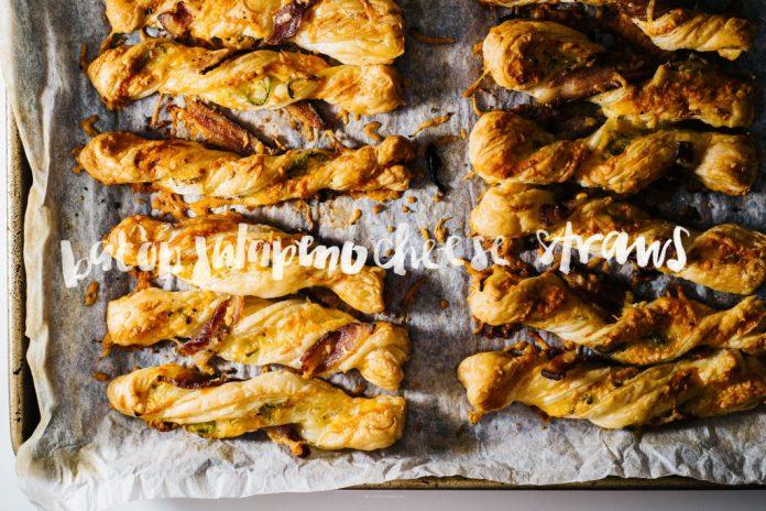 Torsioni di formaggio sfoglia croccante croccante croccante al jalapeno