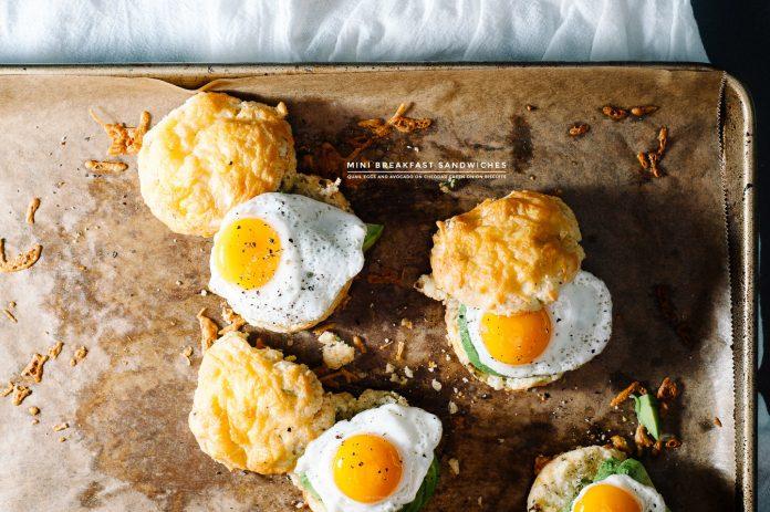 Ricetta Mini Breakfast Biscuit Sandwich