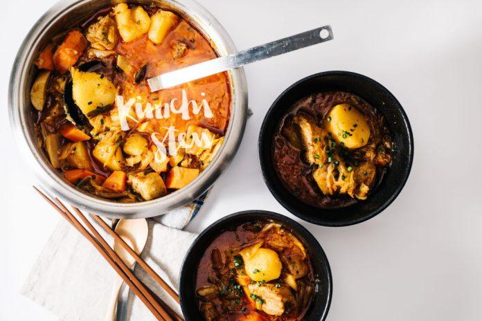 Ricetta stufata di Kimchi di pancetta di maiale brasata