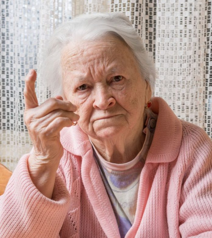 motivi della paranoia nei genitori anziani