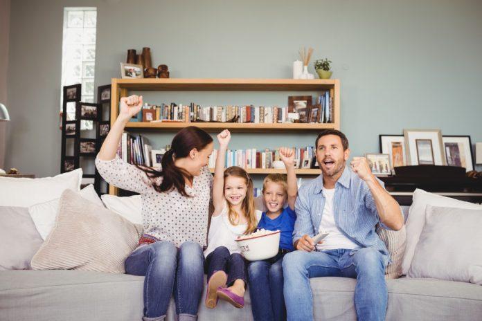 Come celebrare le occasioni familiari nel comfort di casa tua