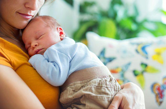 Rendere più facile per le neomamme monitorare la salute da ashx