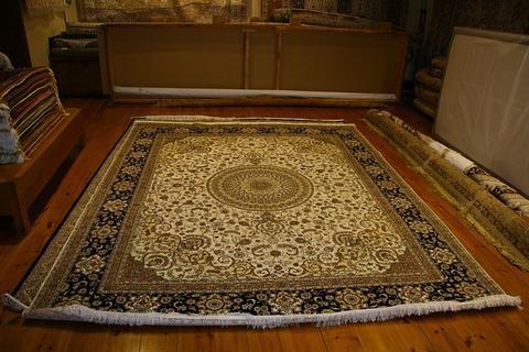 Come fermare i tappeti che strisciano sui tappeti