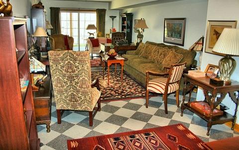 Come illuminare un soggiorno senza illuminazione dallalto