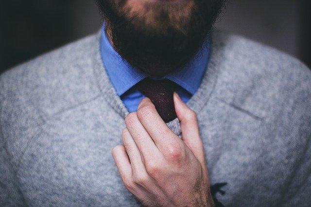 Guida consigli di stile essenziali per gli uomini